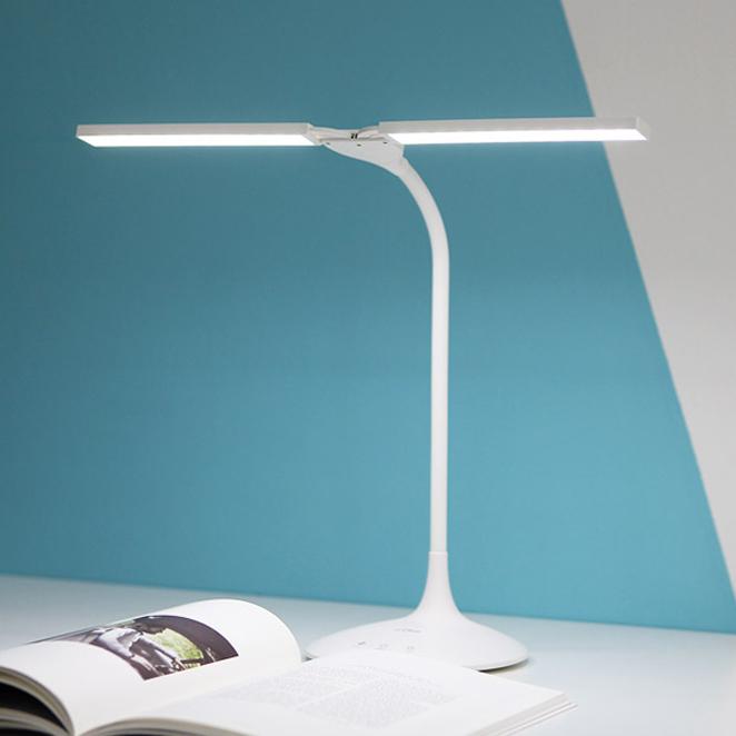프리즘 충전식 LED 스탠드 PL-1400