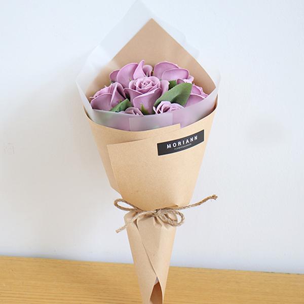 모리앤 조화 비누꽃 벨라 장미꽃다발, 퍼플