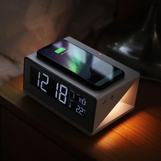무아스 LED 무선충전 탁상시계, 혼합 색상