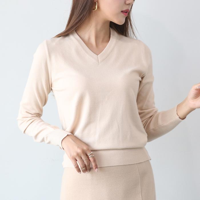 플레이팝 여성용 어디에나 입기좋은 브이넥 니트티셔츠