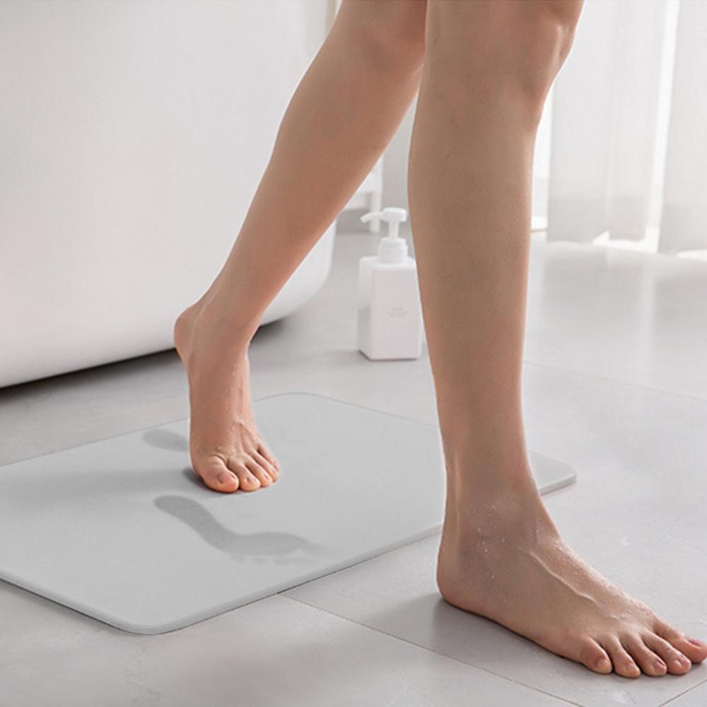 쿠팡 브랜드 - 코멧 홈 화장실 규조토 발매트, 그레이 (45 x 35 x 0.9 cm)