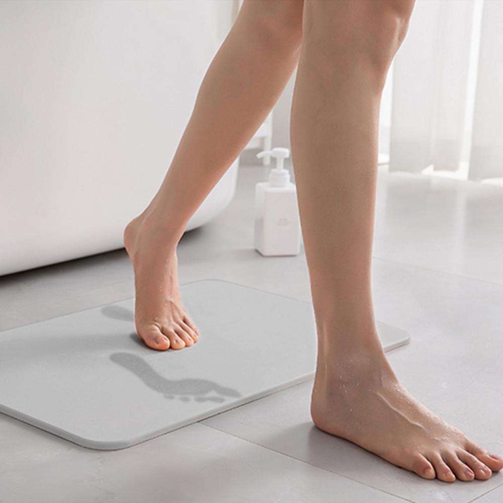 쿠팡 브랜드 - 코멧 홈 화장실 규조토 발매트, 그레이 (60 x 39 x 0.9 cm)