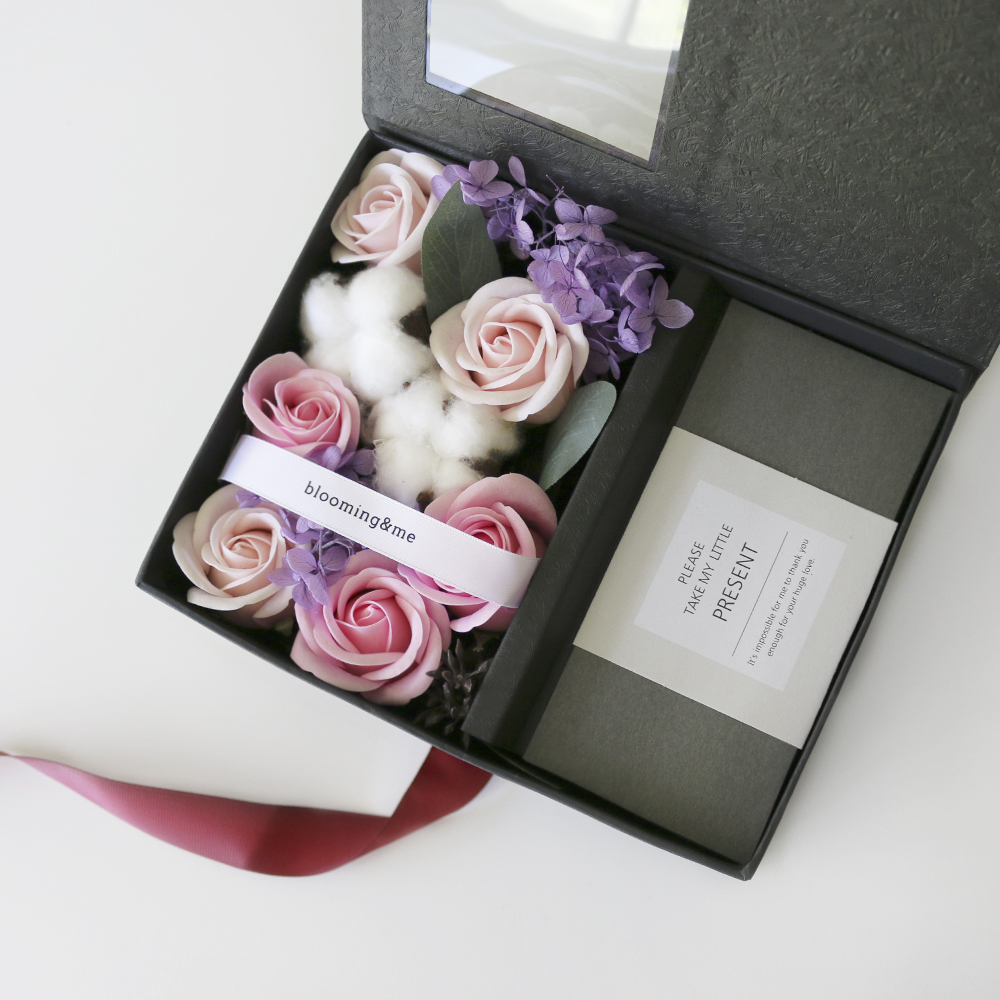 블루밍앤미 프렌치 목화 & 비누꽃 장미 용돈박스, 블랙