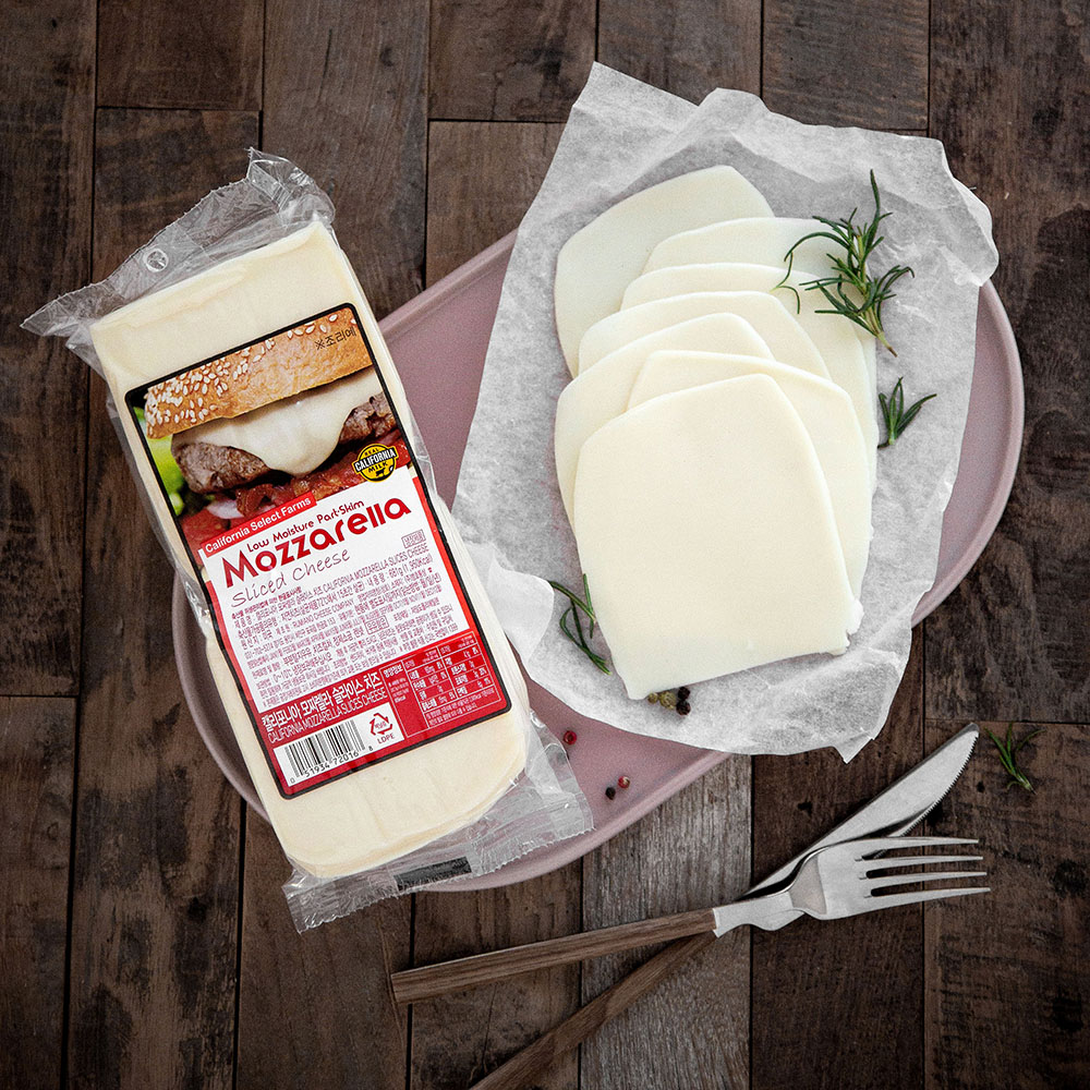 캘리포니아셀랙드팜스 모짜렐라 슬라이스 치즈, 681g, 1개