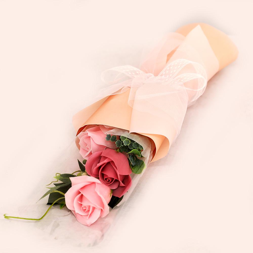 조아트 졸업 3송이 장미 조화 꽃다발, 핑크