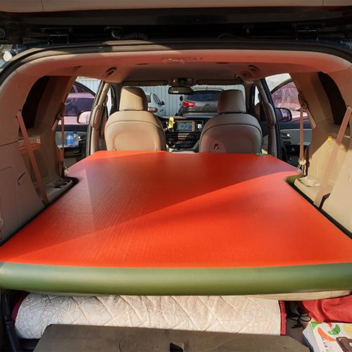 에어포스 더뉴카니발 차량용 에어매트 3열형, 레드 + 올리브그린