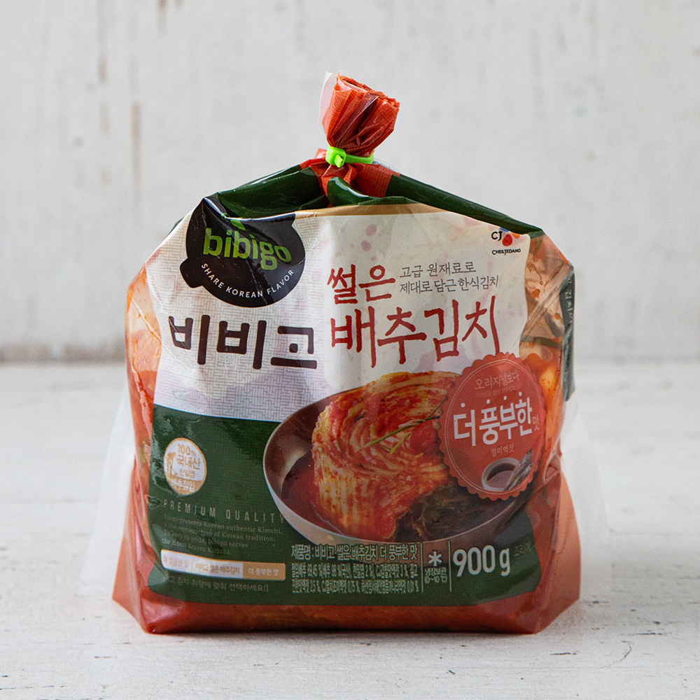 CJ제일제당 비비고 더풍부한 맛 썰은배추김치, 900g, 1개