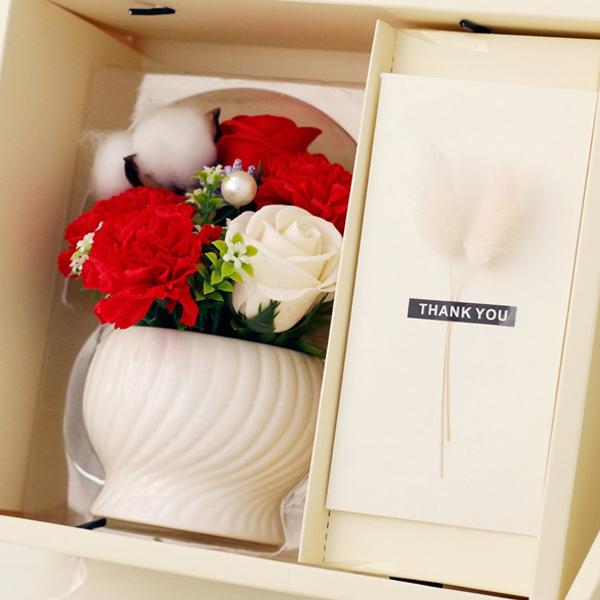 아침향기 조화 카네이션 비누꽃 화분 용돈박스, 레드