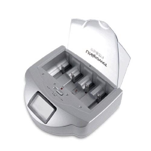 유니파워 1회용 알카라인 건전지 충전지 9V 만능 충전기 AP-900, 1개