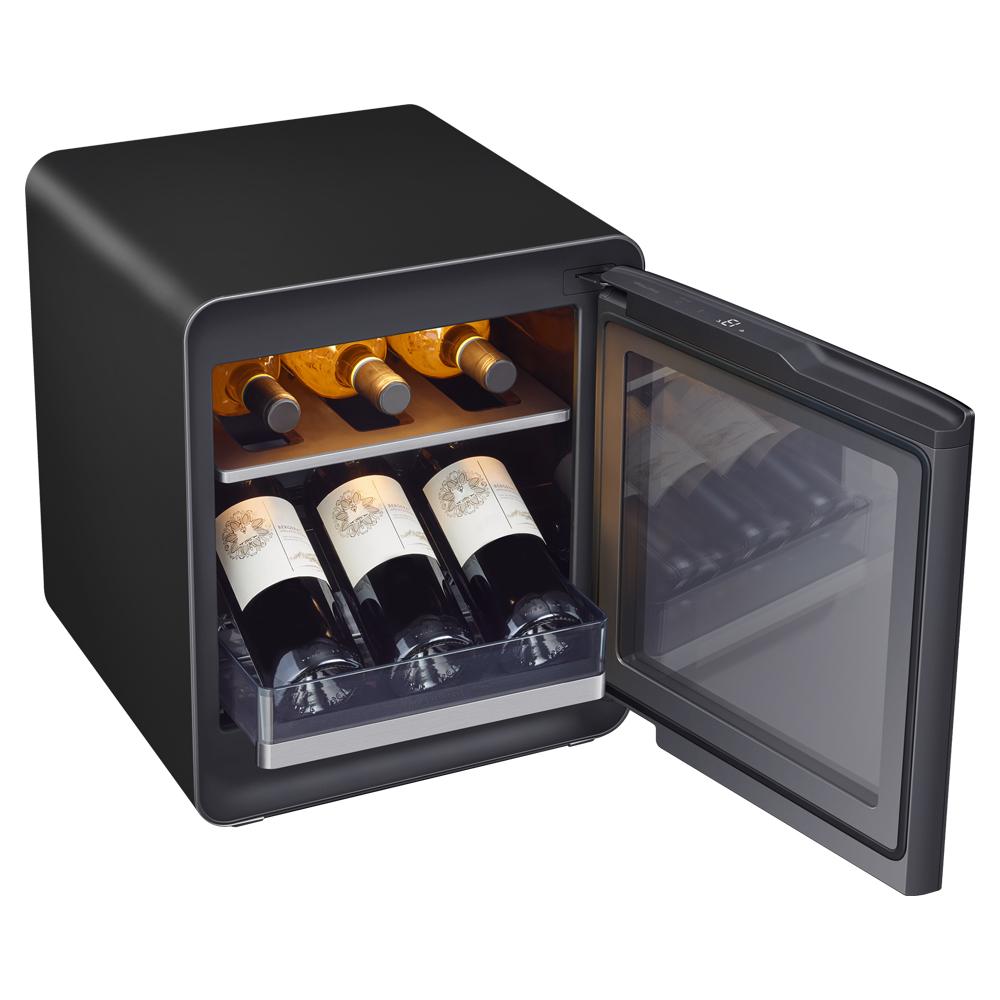 삼성전자 BESPOKE 큐브 와인 냉장고 코타차콜 25L CRS25T950005 방문설치 6병