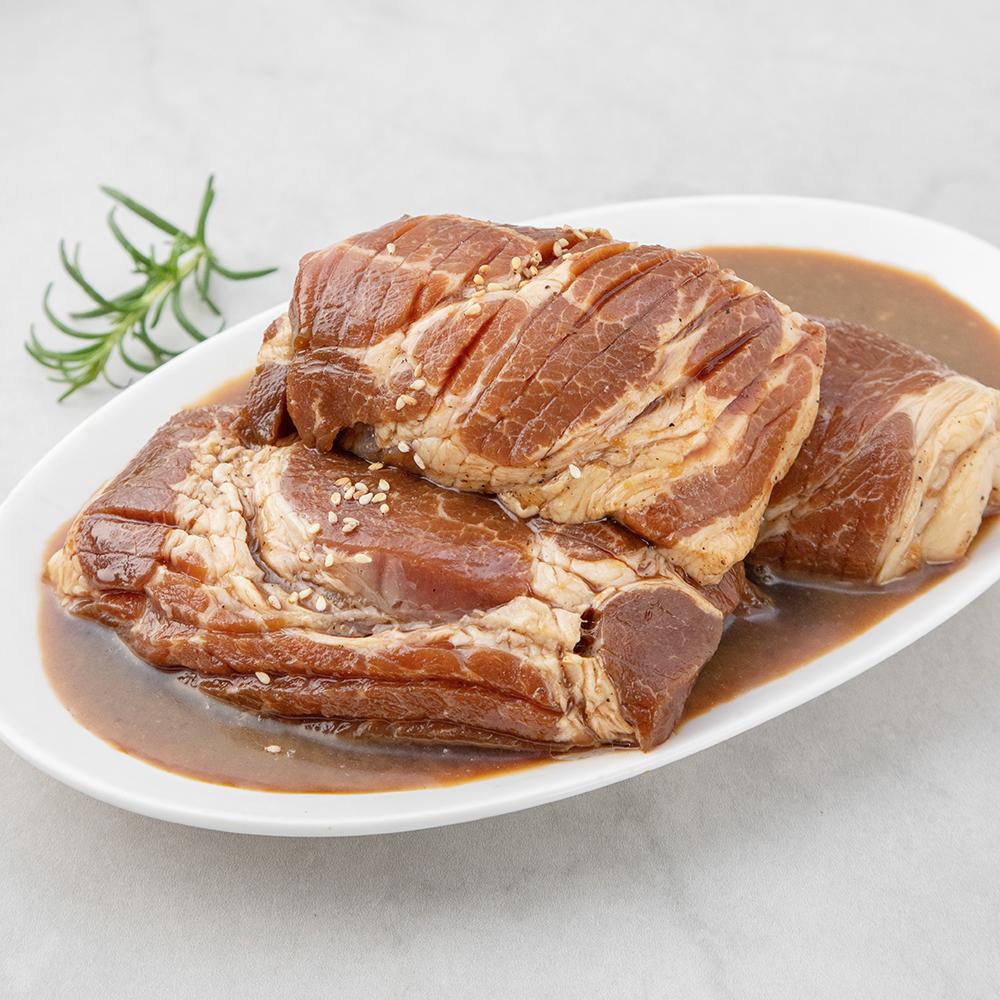 셰프초이스 칼집 돼지왕구이  1kg  1개곰곰 칼집 돼지 왕구이 (냉장)  1000g  1개칼집왕구이 3~4인분 (냉동)  1