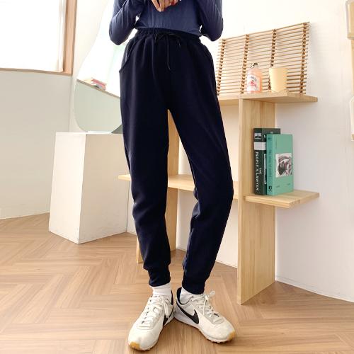 [융털 조거팬츠] 잘빠진 여성용 융털 기모 조거팬츠 - 랭킹2위 (11900원)