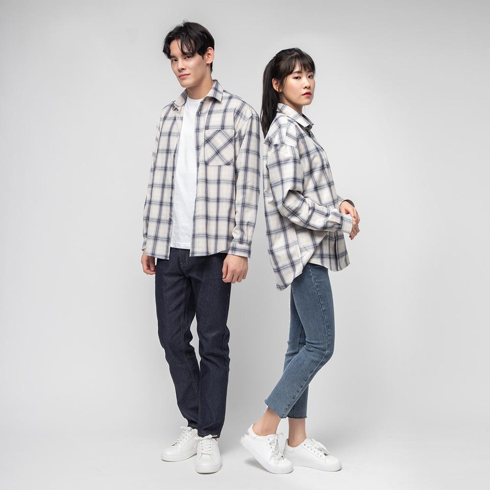 캐럿 오버핏 아이보리 체크 셔츠