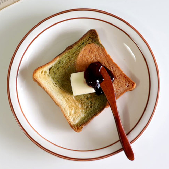 시라쿠스 라인 접시, 브라운