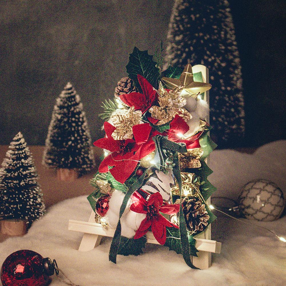 아스파시아 플체리마 크리스마스 미니화환트리 + LED전구, 혼합 색상