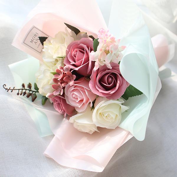 모리앤 조화 라비앙로즈 꽃다발, 혼합 색상
