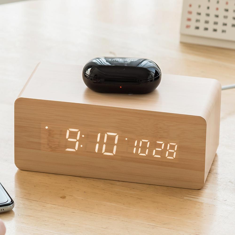 플라이토 우드 무선충전 데이트 LED 탁상시계 + USB아답터, 메이플