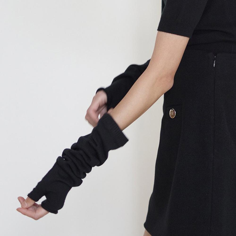 더센토르 여성용 HAND KNIT WARMER BC20AWKN09-2