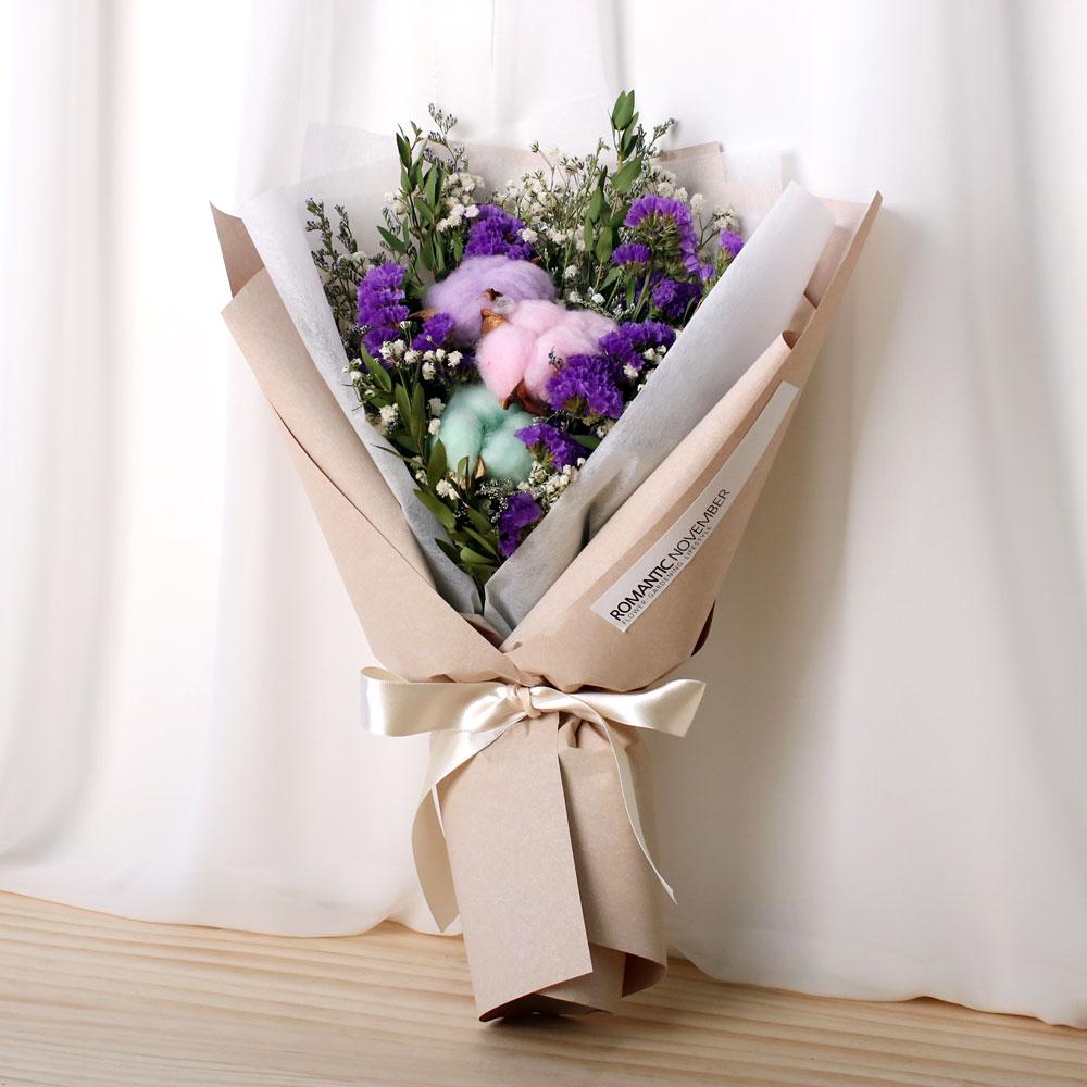 로맨틱노벰버 컬러풀 목화 드라이플라워 꽃다발 크라프트 백아이보리, 혼합색상