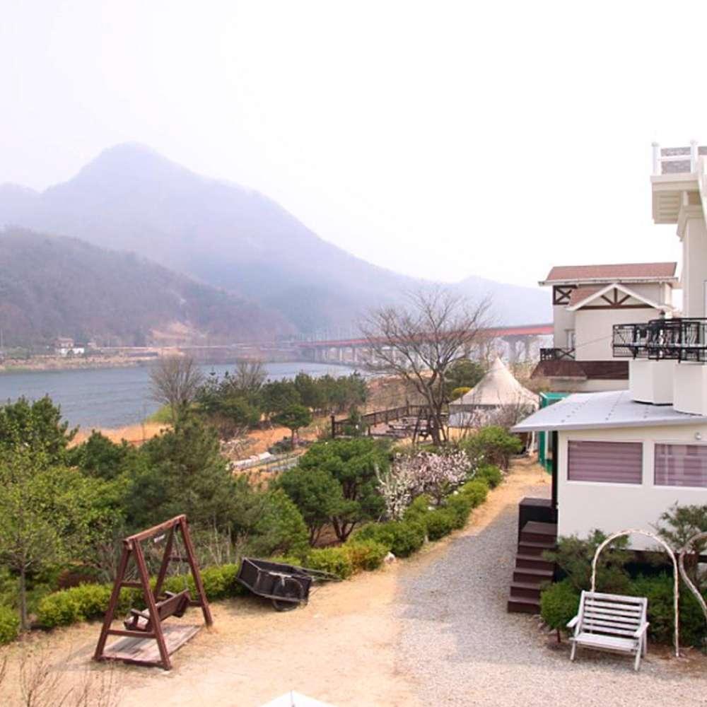 [춘천시] 남이섬 봄펜션