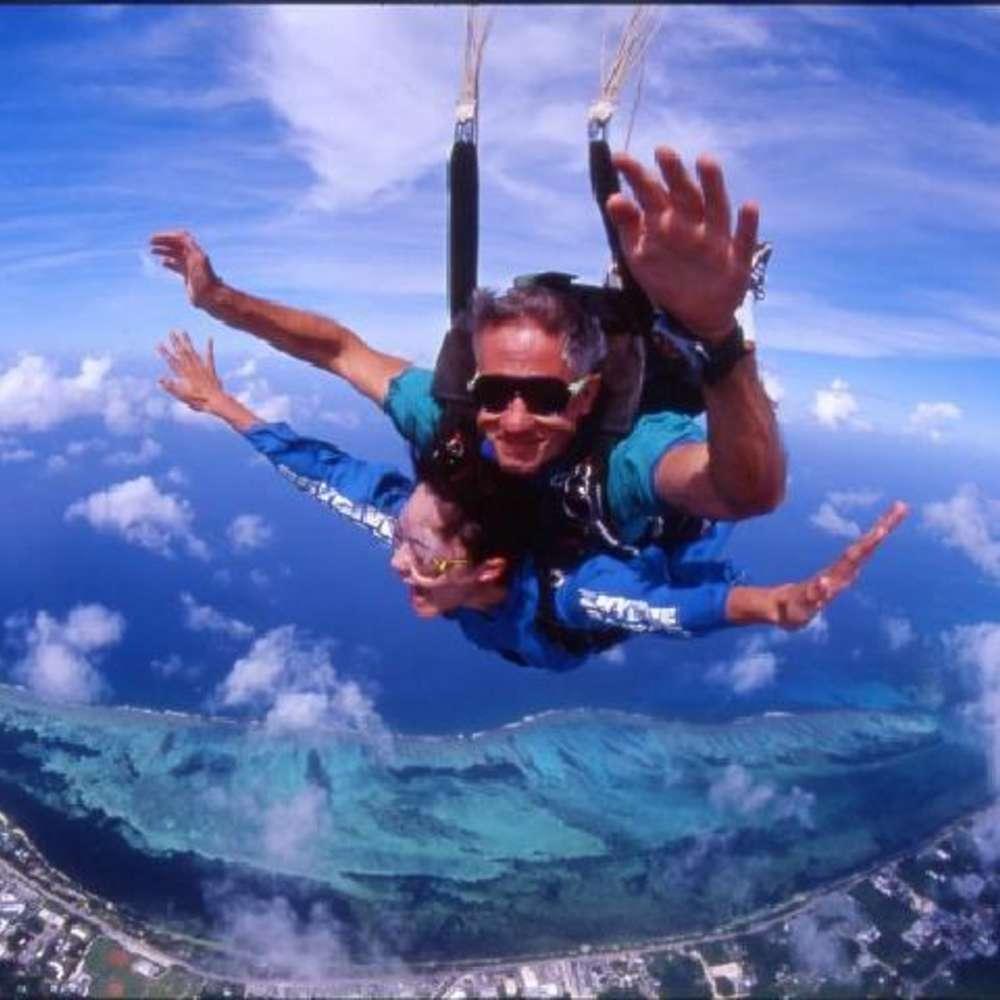 [괌] [벨트라] 스카이다이빙(상공 약 2400m~4200m/픽업샌딩 포함/괌 공식 전문 회사)