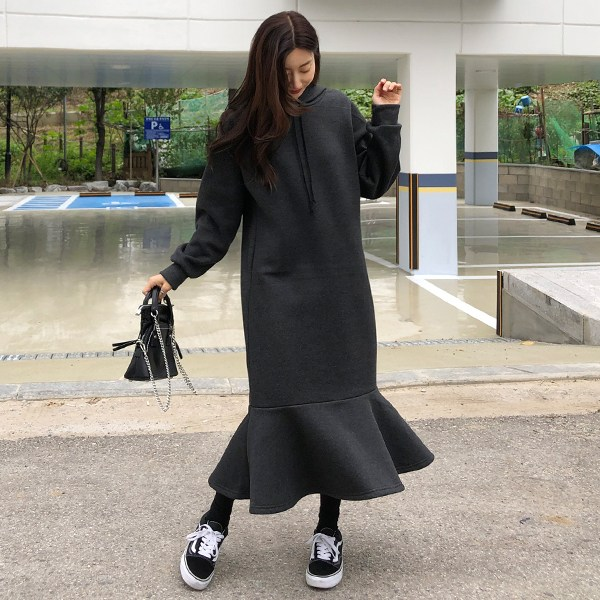 바잉몰 여성 패셔니스타 기모 후드 맨투맨 원피스 2단 플레어 치마