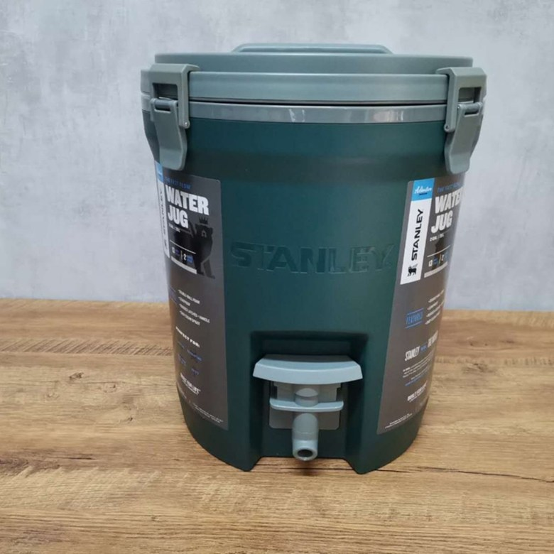 STANLEY 스탠리 냉장박스 15L 대용량 아이브박스 어드벤처 프로그레이드 워터저그 7.5L 캠핑 보냉물통 G014, 7.5L 신상 아이스통 그린