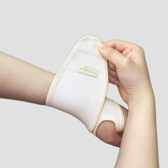 프라하우스 산모 임산부 손목보호대 (2입) / 임산부용품, 스킨
