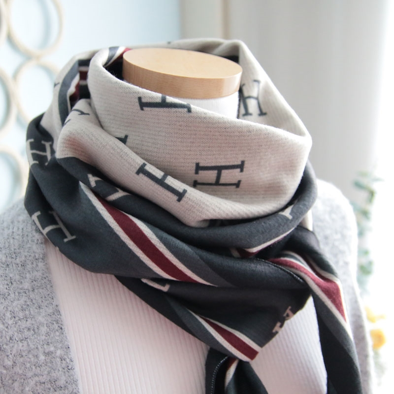 이로스데코 여성 겨울목도리 얇고 따스한 기모원단 머플러 (H이니셜3컬러)
