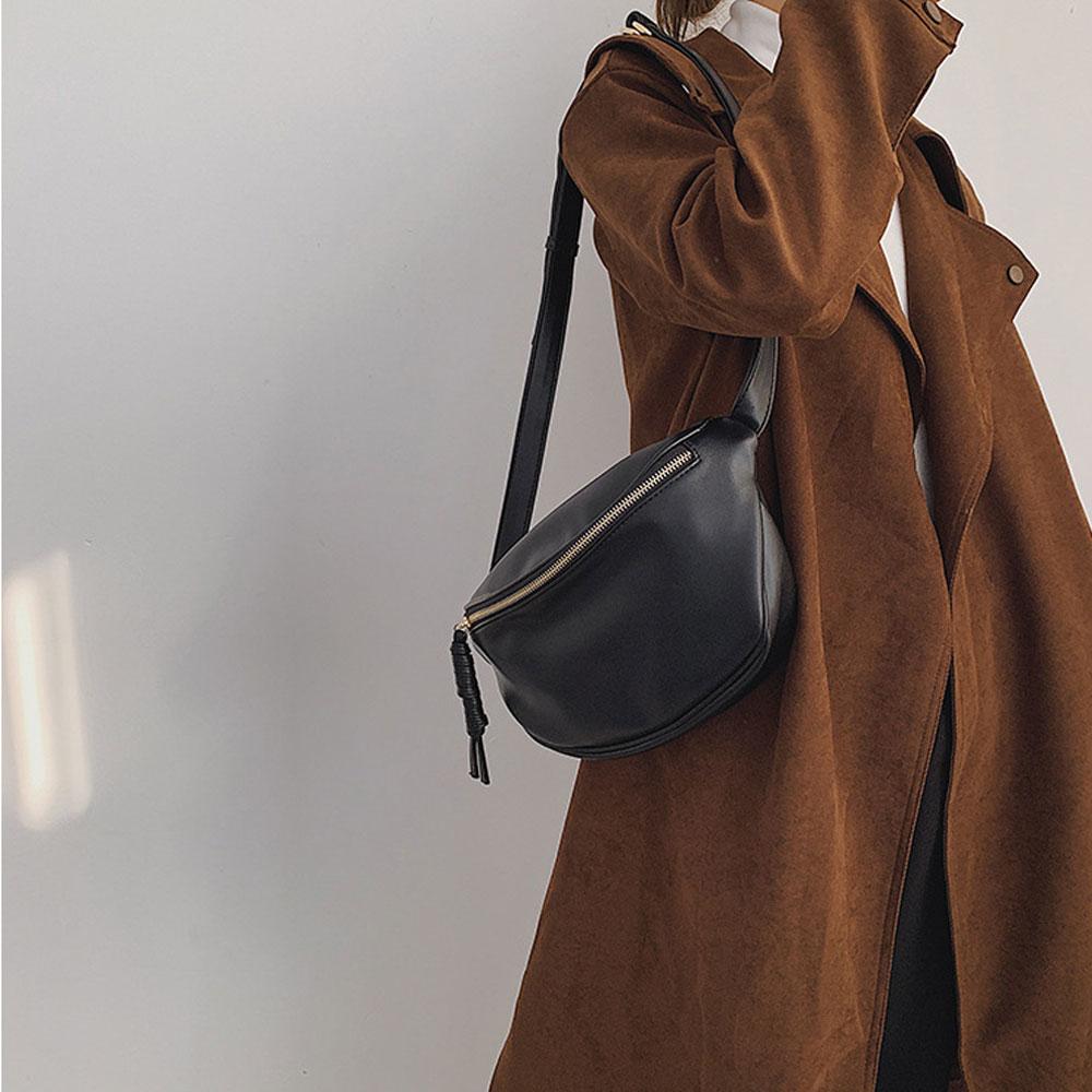 데일리 하프문 반달 크로스 백 크로와상백 가방