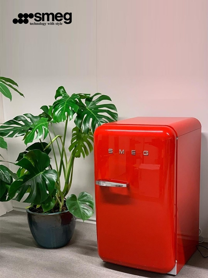 SMEG FAB5 이탈리아 복고풍 냉장고 가정용 소형 낮은 점수 서리가없는 단일 도어 냉장 그물 빨간색 냉장고, 골든