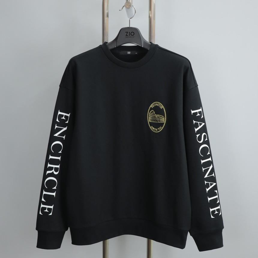 지오송지오 ZUW41503 블랙 레터링 포인트 맨투맨 티셔츠