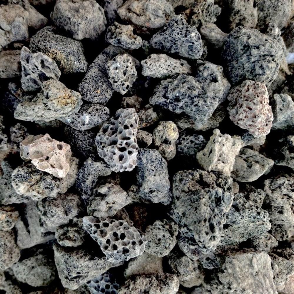 리투나 화산 흑송이석 2kg 현무암자갈 화분장식 마감토 화장토 복토 1-2cm, 검정송이석