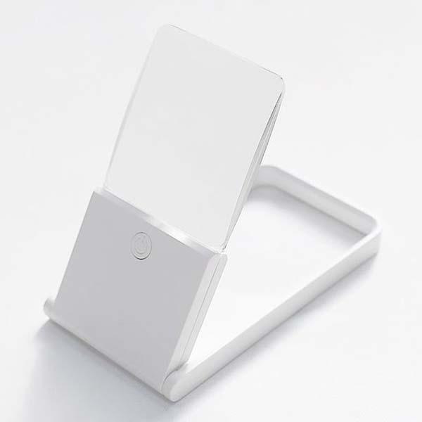 휴대용 카드타입 LED돋보기 비구면렌즈 편안한밝기 슬림사이즈, 1개