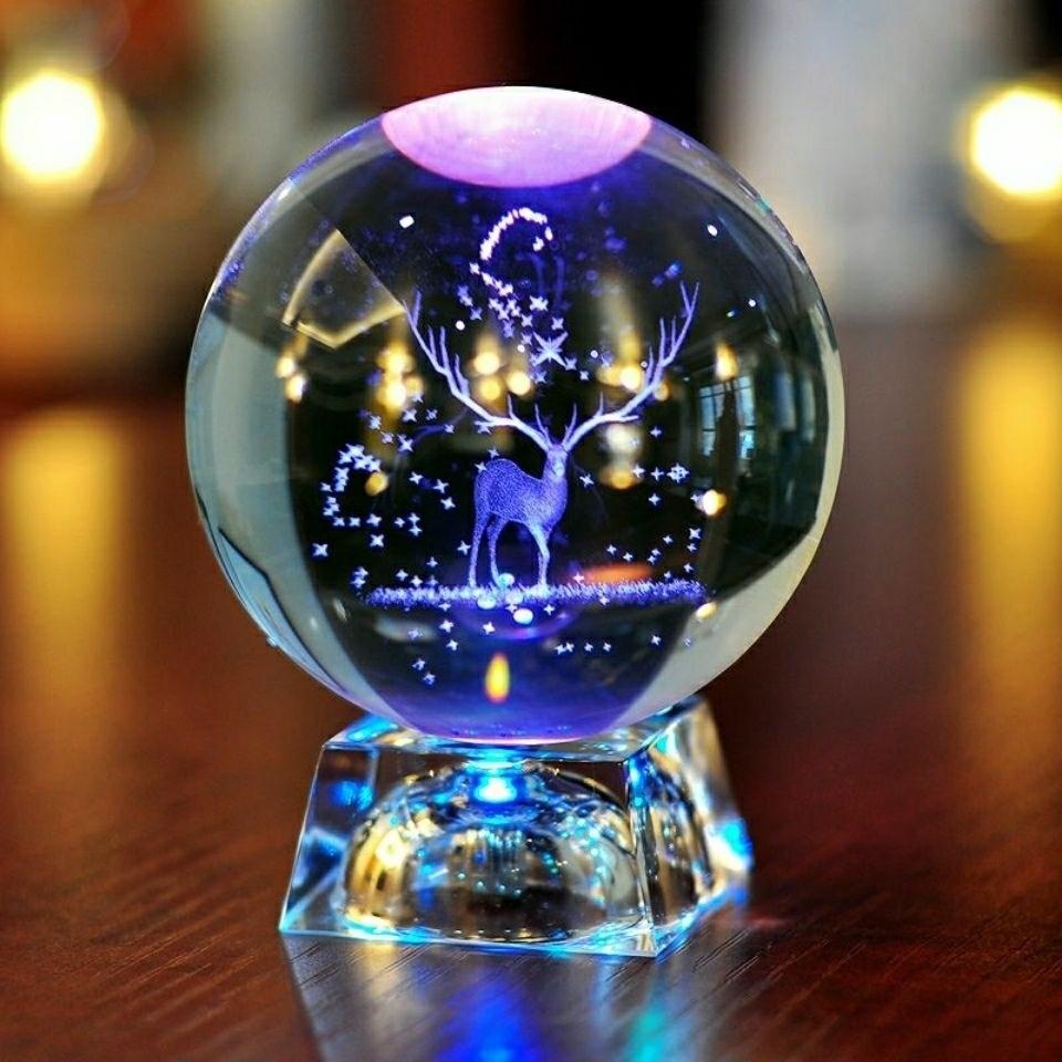 빛나는 루돌프 크리스탈 볼 스노글로브, 투명한 헥사 그램베이스의 6cm