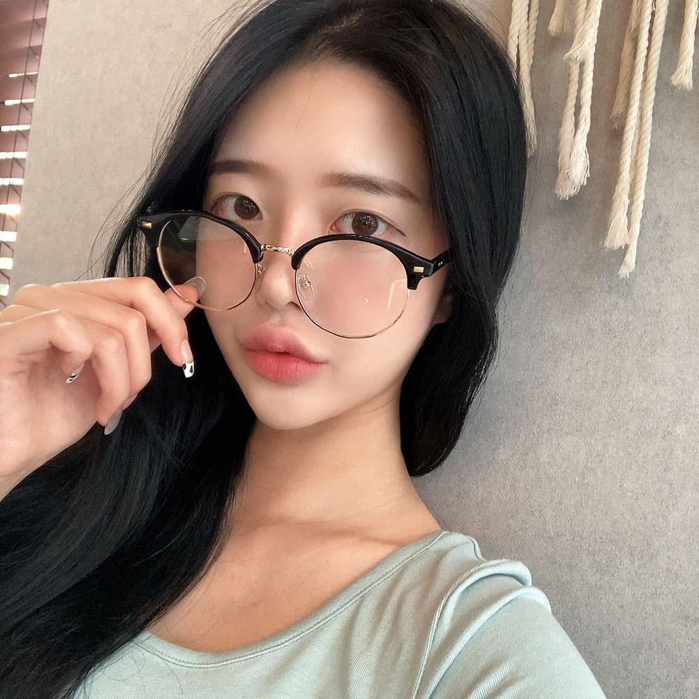 VANANA2 남녀공용 블랙 하금테 안경