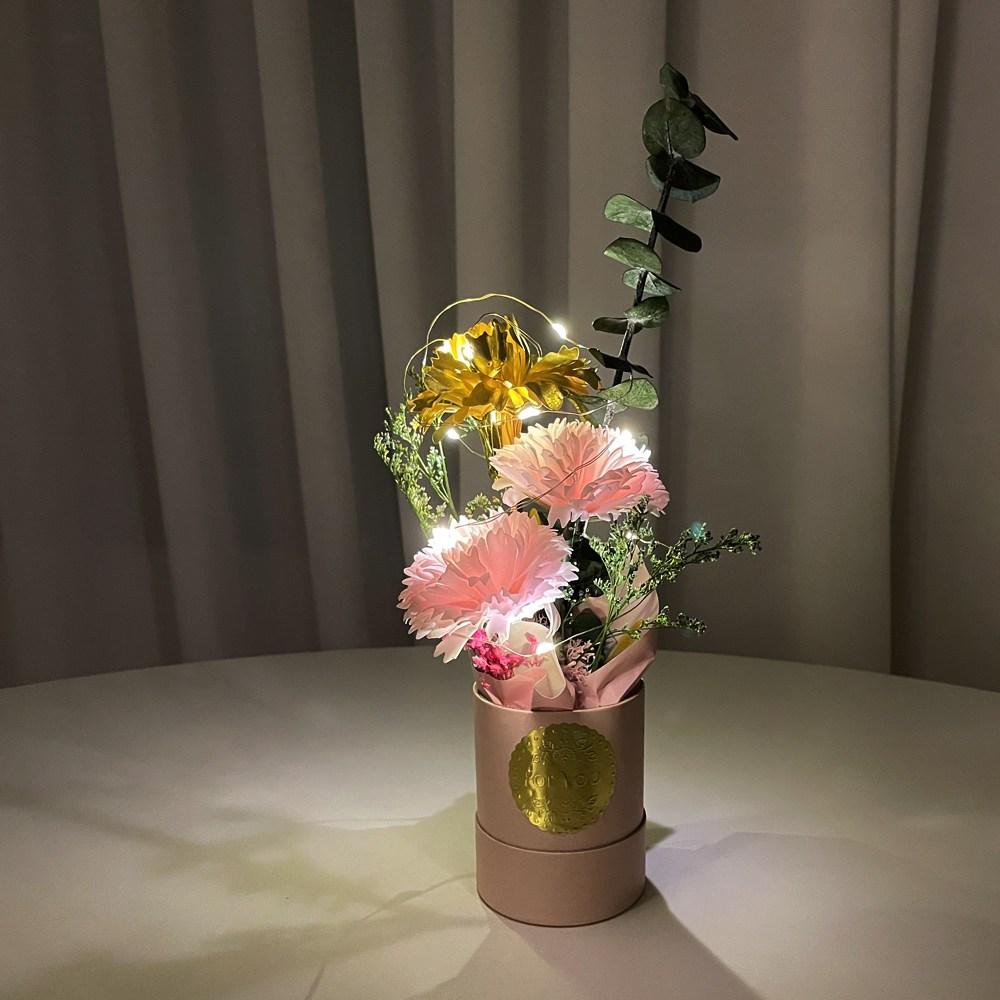 어버이날 카네이션 금카네이션 선물 금꽃 기념일 생신 생일 여자친구 엄마선물 장모님선물