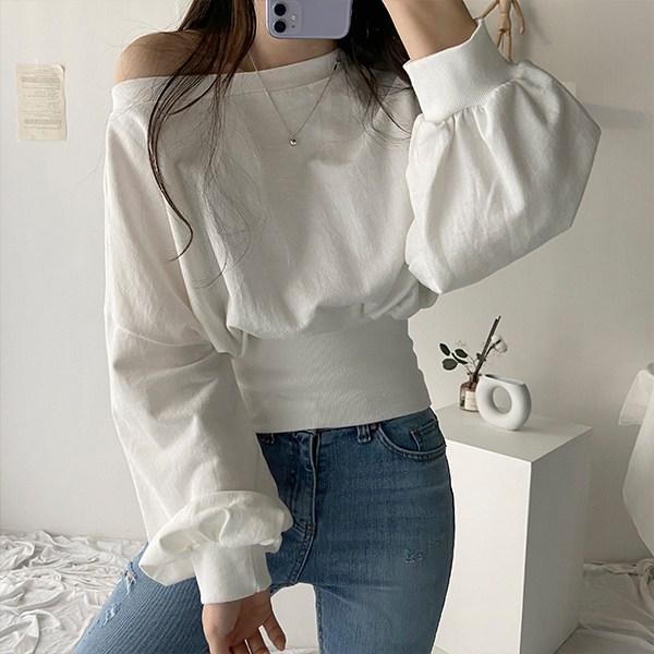 더클립 패션후르츠 밴딩 크롭 퍼프소매 오프숄더 티셔츠 맨투맨