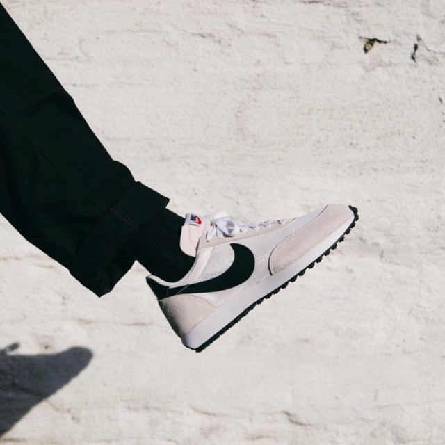 Nike 나이키 테일윈드79 흰검 (487754-100) Mms white / 로렌스토어