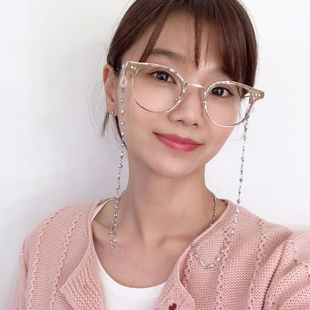(바이원아이즈) 아이유 연예인 보석 패션안경줄 선글라스줄 목걸이 스트랩 안경걸이