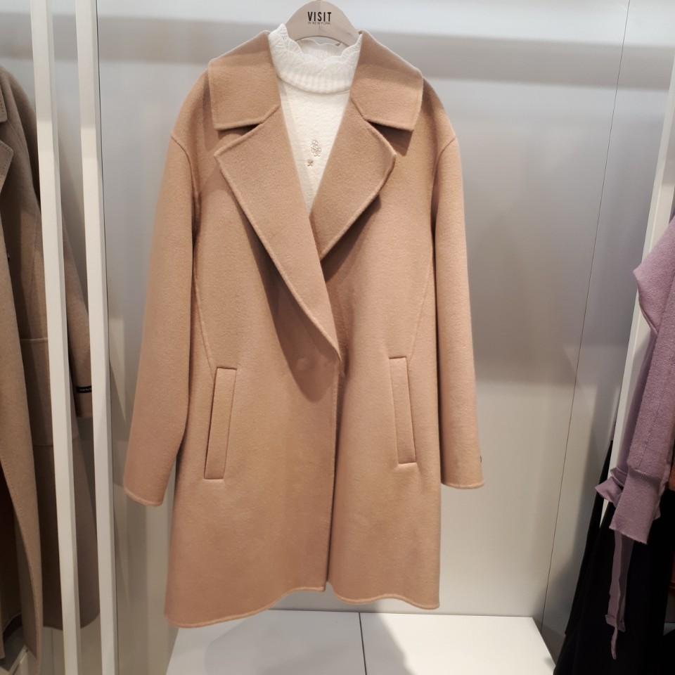비지트인뉴욕 nc경산점 핸드메이드 테일러카라 하프 코트