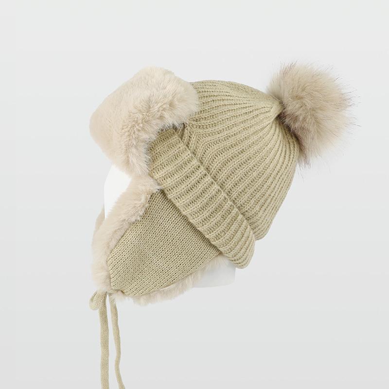 제이제이나인 겨울 방한 니트 털방울 귀달이 모자