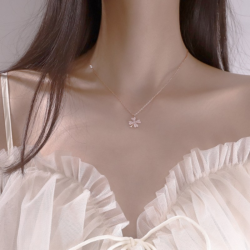해외 행운의 네잎클로버 목걸이 여자 쇄골체인 ins 차가운 순은조 분위기 제인