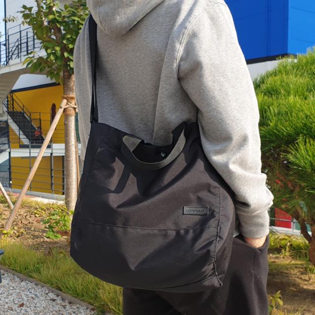 남자 가방 에코백 크로스백 블랙 무지 텀블러백