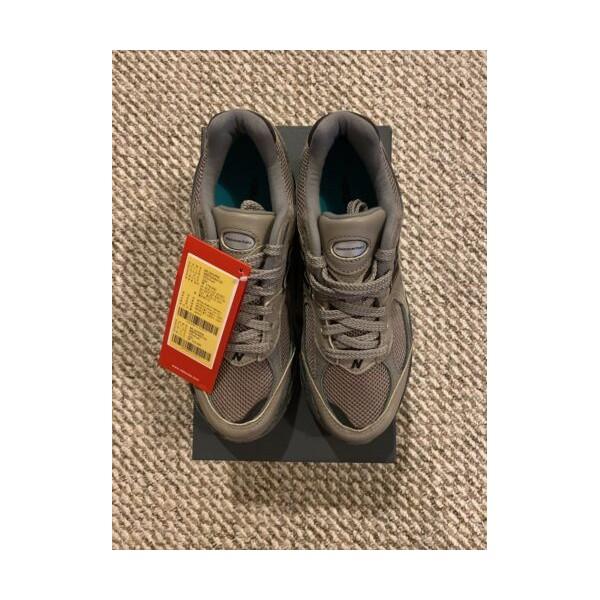 오프화이트 New Balance x Thisisneverthat Lifestyle Shoes ML2002RN BROWN Size 5 IN HAND
