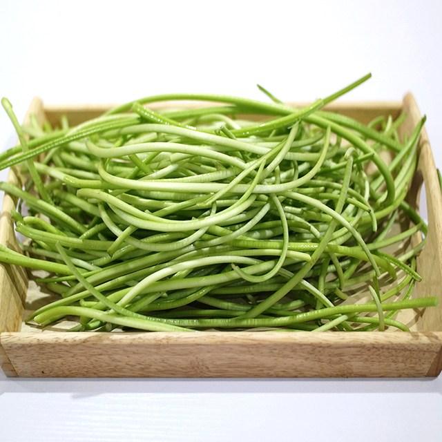 미스터팜팜 당일수확 무농약 생고구마순 고구마줄기 1kg 2kg 농장직송, 1개, 생고구마순 1kg