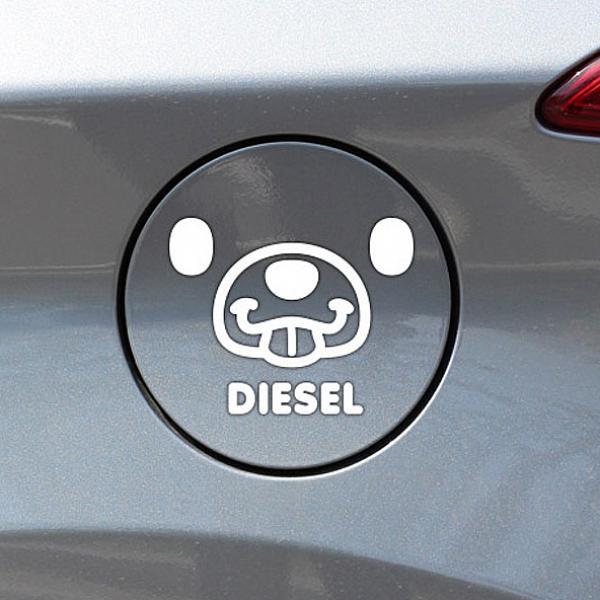 인터마켓 메롱곰 디젤 자동차 주유구스티커-화이트 차량용 스티커