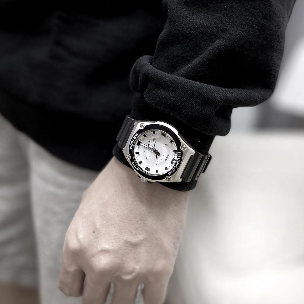 카시오 아날로그 군인 스포츠 손목시계 3컬러