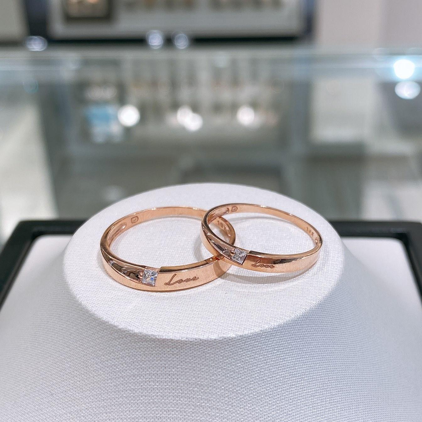 로이드 10K 14K Love 겉각인 심플 큐빅 커플링 인천 뉴코아점 반지