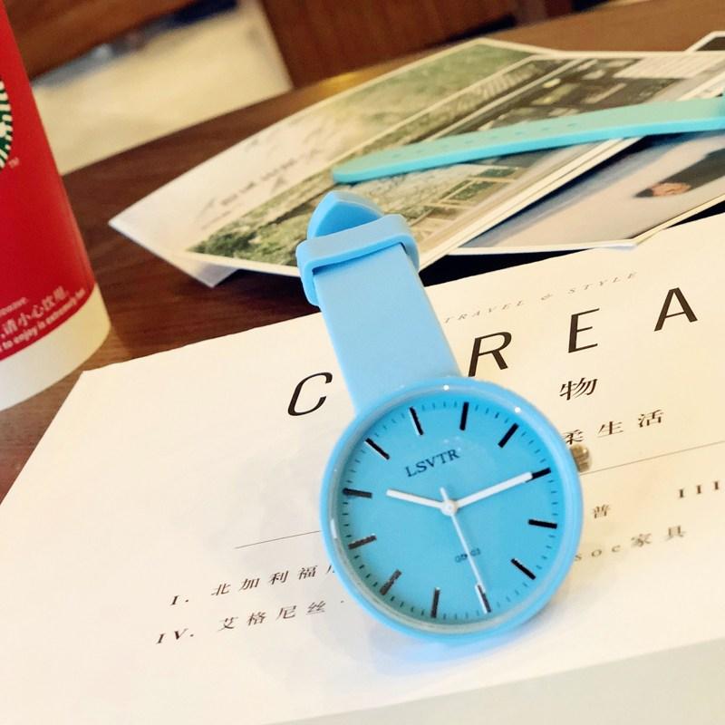 커플시계 9.9원 여학생 심플 패션캐주얼 기품 ulzzang커플 손목시계 판매완료 추가없음